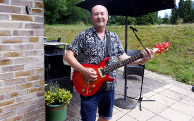 Music classics with Rick Stills at Loose Valley Care Home